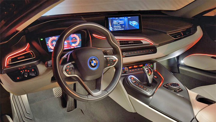 photo BMW i8 interieur