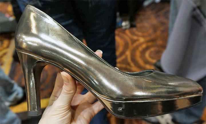 Digitsole chaussure talon aiguille chauffant connecté
