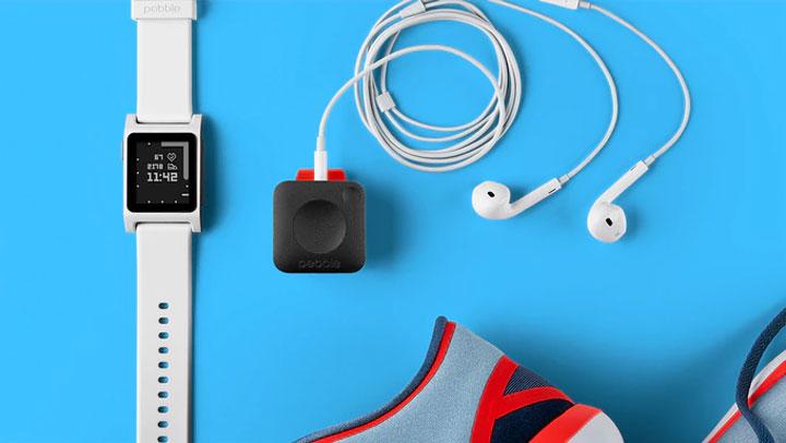 montre connectee smartwatch Pebble 2 Time Core
