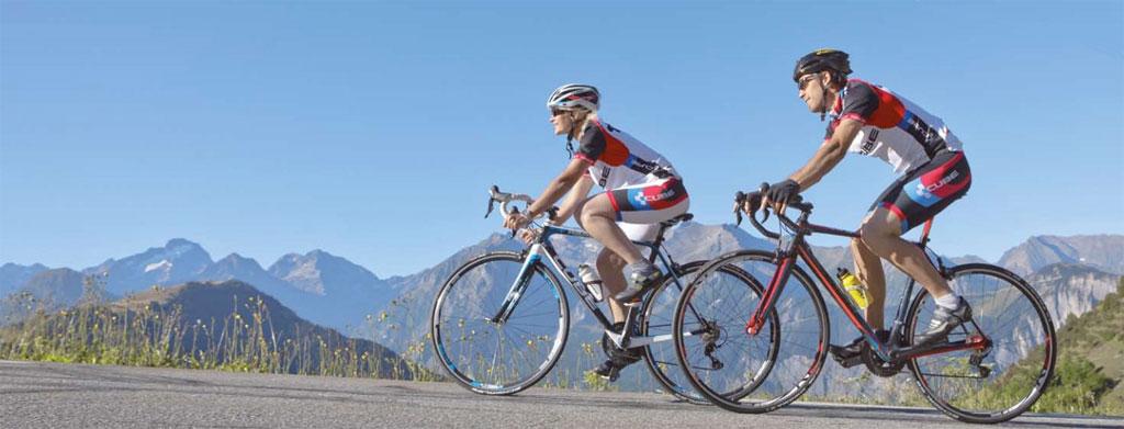 photo velo cycliste montagne