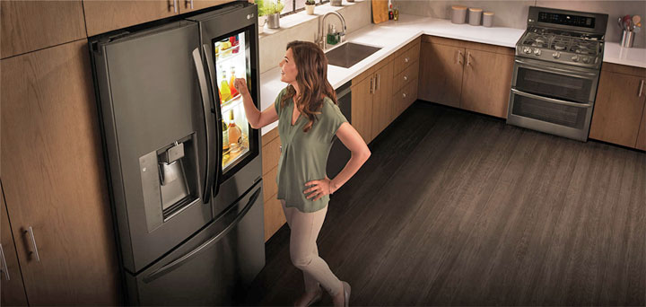 le frigo connect de lg avec assistant vocal ma vie connect e. Black Bedroom Furniture Sets. Home Design Ideas